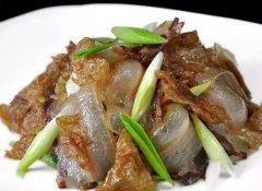 盐白菜炒油底肉