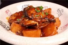 腌萝卜烧鲅鱼