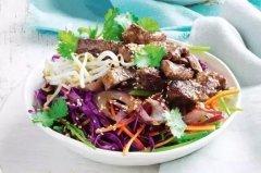 沙拉美羊肉