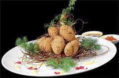 香椿豆腐酿虾球