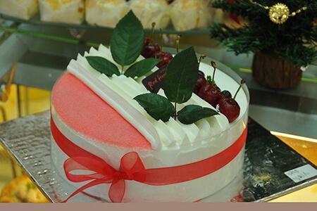 据说能治愈不开心的,唯有皇家美孚蛋糕甜品