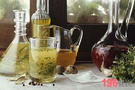 加盟茶百道奶茶品牌要多少钱?开一家茶百道奶茶加盟店要多少钱?